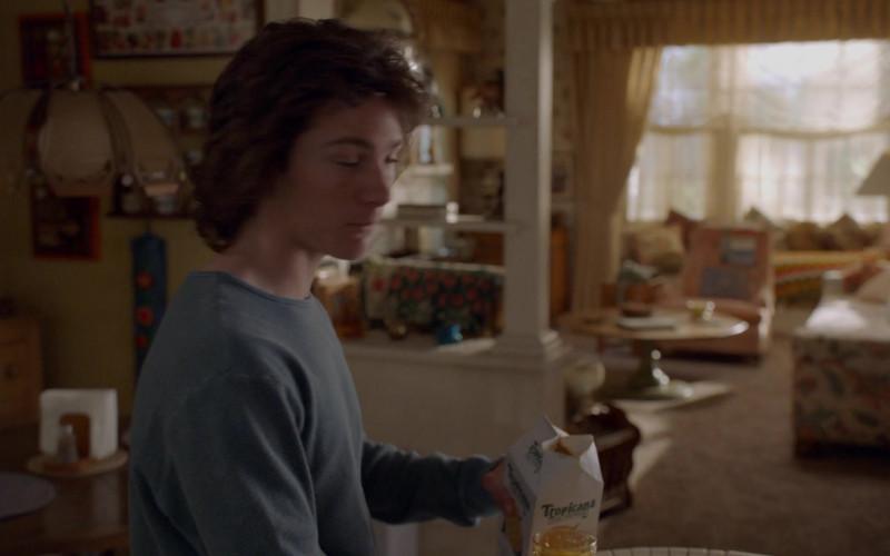 Tropicana Juice in Young Sheldon S03E18 (1)