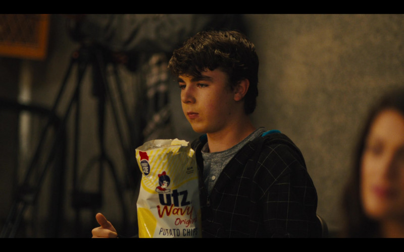 UTZ Wavy Original Potato Chips in Stargirl (3)