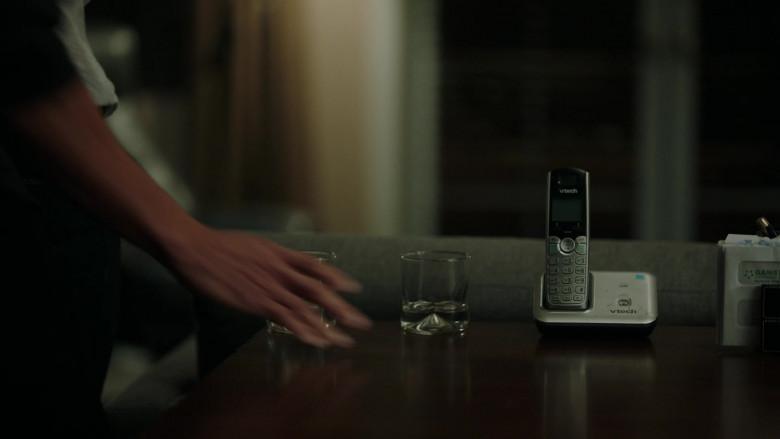 Vtech Phone in Stumptown S01E18 All Hands on Dex (2020)