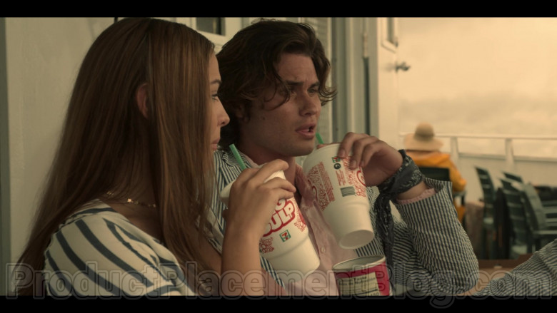 7-Eleven Big Gulp Drinks Enjoyed by Chase Stokes & Madelyn Cline in Outer Banks S01E04 (1)