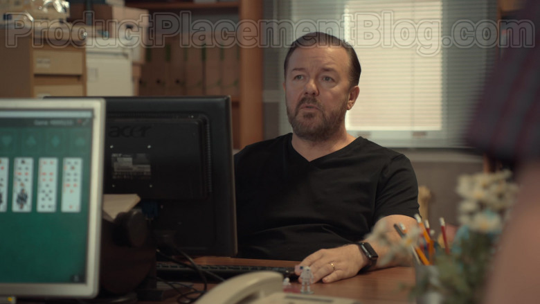 Acer Monitor Used by Ricky Gervais as Tony Johnson in After Life S02E03 (2020)