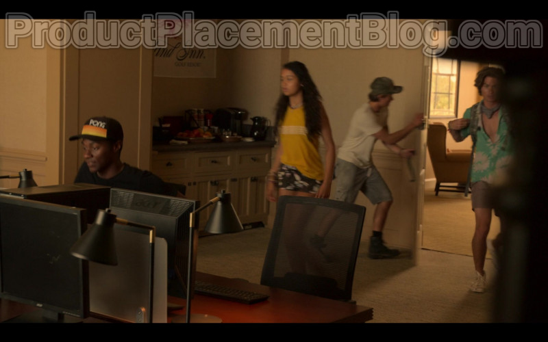 Acer Monitors in Outer Banks S01E03 The Forbidden Zone (1)
