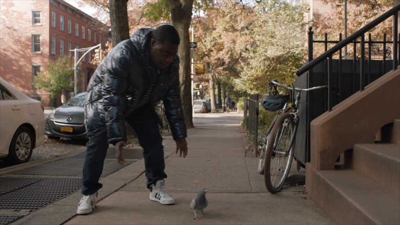 Adidas White Shoes of Tracy Morgan as Tray in The Last O.G. S03E01 (5)
