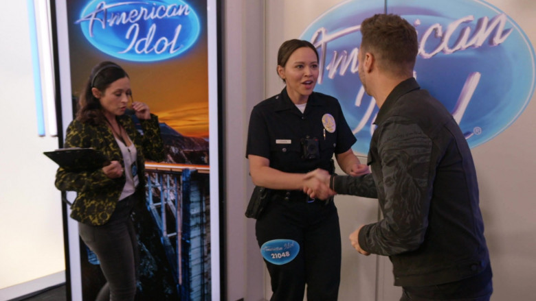 American Idol TV Show in The Rookie S02E16 (3)