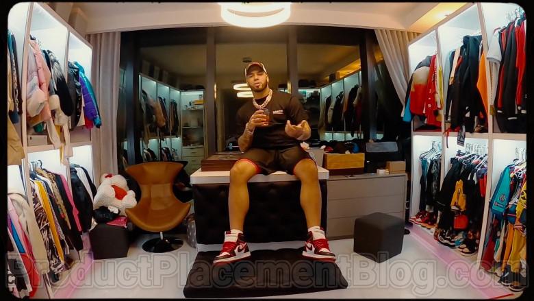 Anuel AA Wearing Nike Sneakers (3)