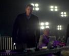 Apple MacBook Laptops in Amazing Stories S01E05 (2)
