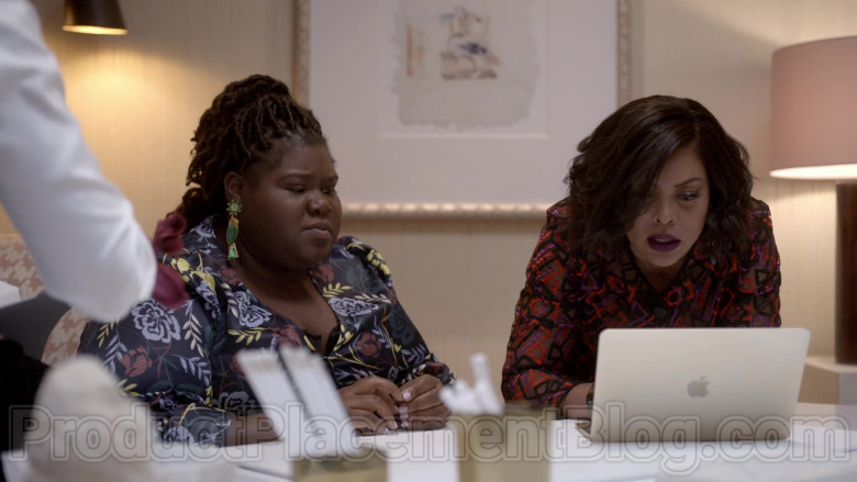 Apple MacBook Laptops in Empire S06E17 Over Everything (4)