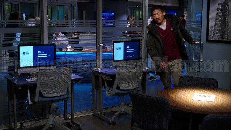 Apple iMac All-In-One Computers in Chicago Med S05E20 A Needle in the Heart (2)
