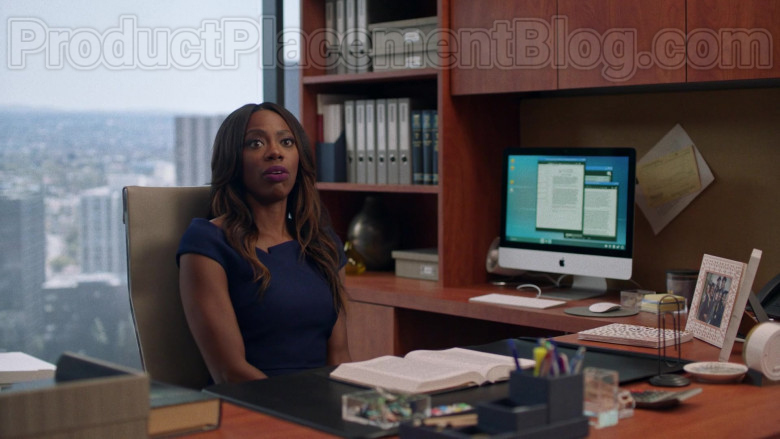 Apple iMac Computer in Insecure S04E02 Lowkey Distant (1)