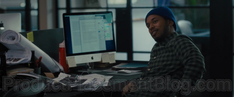 Apple iMac Computer of Kelvin Harrison Jr. as Andy Morrison in The Photograph (2020)