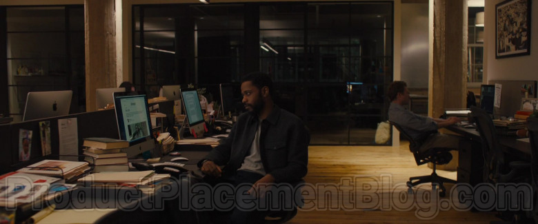Apple iMac Computer of Lakeith Stanfield as Michael Block in The Photograph Film (3)