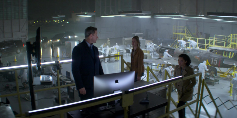 Apple iMac Computers in Amazing Stories S01E05 (1)