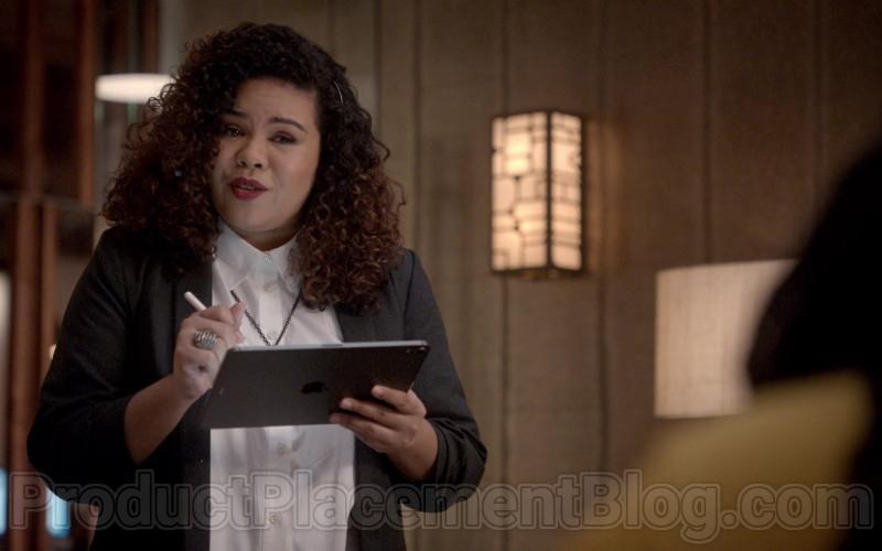 Apple iPad Tablets in Empire S06E17 (1)