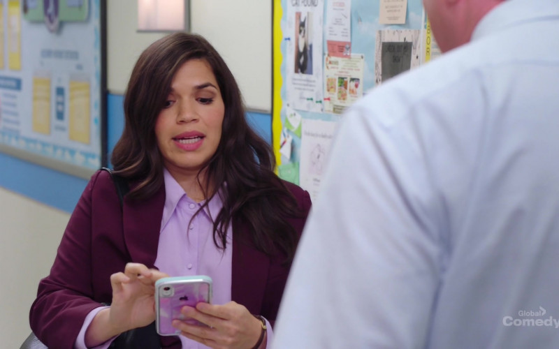 Apple iPhone Mobile Phone Held by America Ferrera in Superstore S05E20