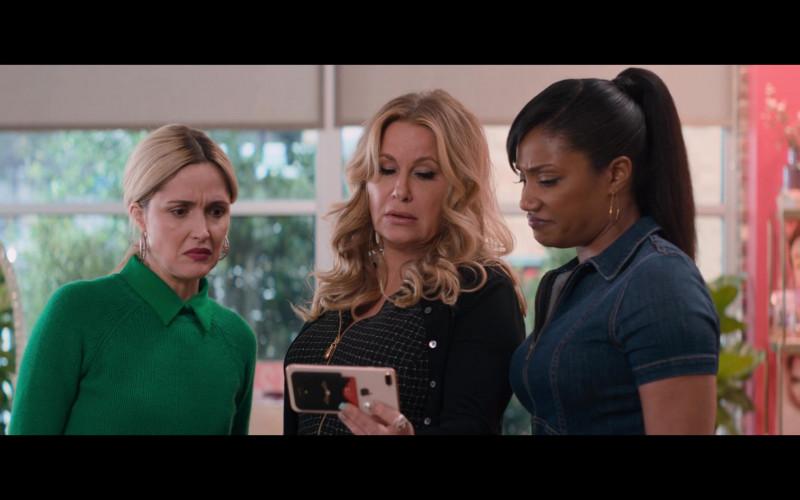 Apple iPhone Smartphone of Jennifer Coolidge in Like a Boss (2)