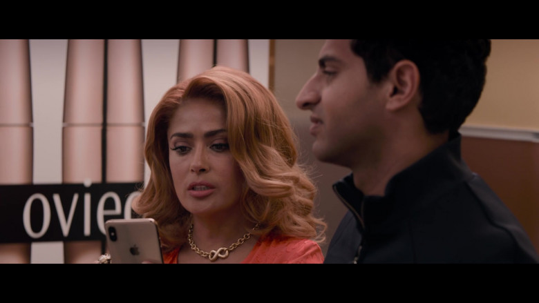 Apple iPhone Smartphone of Salma Hayek in Like a Boss (5)