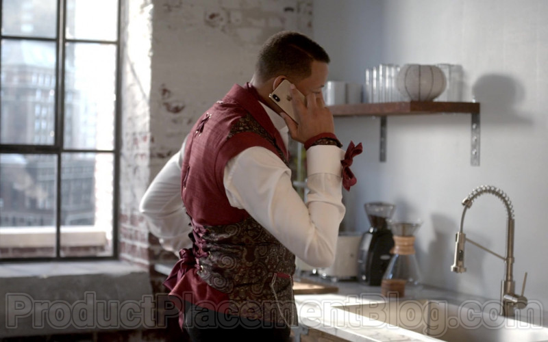 Apple iPhone Smartphone of Terrence Howard in Empire S06E17