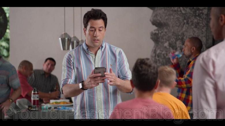 Apple iPhone Smartphone of Troy Garity in #blackAF S01E04 (2)