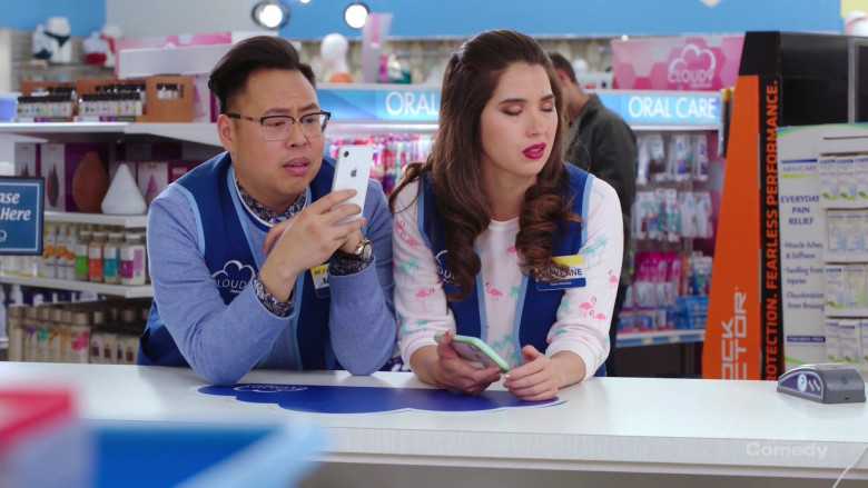 Apple iPhone (White) Held by Nico Santos in Superstore S05E20