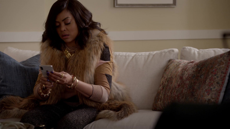 Apple iPhone White Mobile Phone of Taraji P. Henson in Empire S06E16