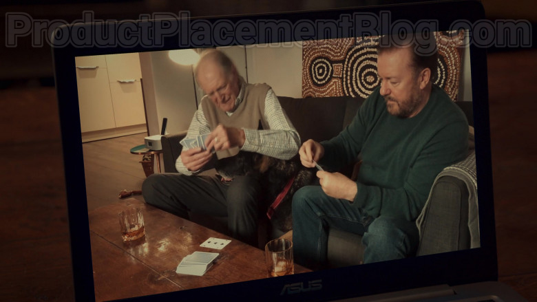 Asus Laptop Used by Ricky Gervais in After Life S02E05 (2020)