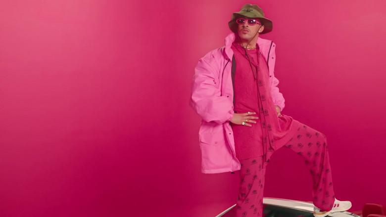 Balenciaga World Food Programme Pink Pants Worn by Bad Bunny in Yo Perreo Sola (1)