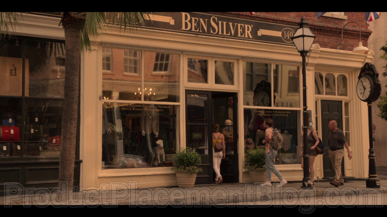 """Ben Silver Store in Outer Banks S01E04 """"Spy Games"""" (2)"""