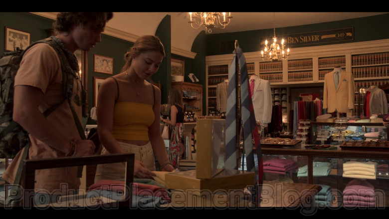 """Ben Silver Store in Outer Banks S01E04 """"Spy Games"""" (3)"""