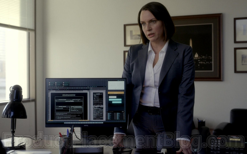 Benq Monitor in Bosch S06E04 Part of the Deal