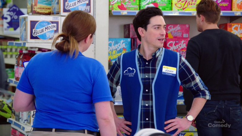 Blue Moon and Shasta Drinks in Superstore S05E21