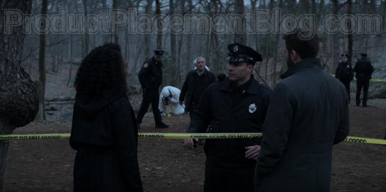 Boss Coat of Chris Evans as Andy Barber in Defending Jacob S01E01 Pilot (3)