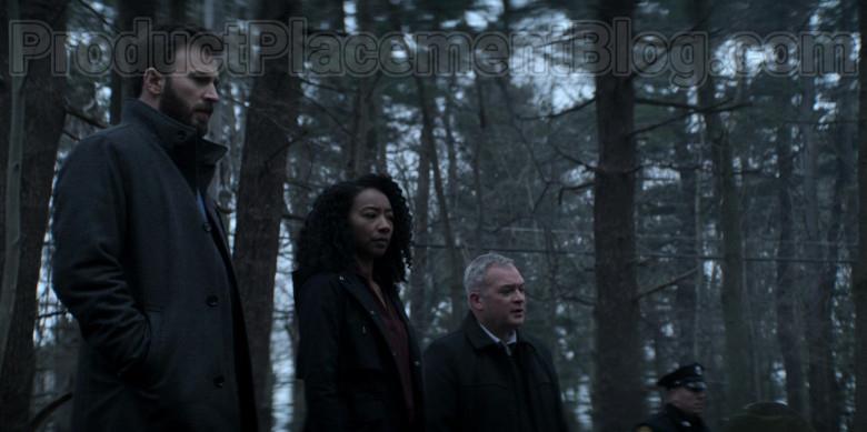 Boss Coat of Chris Evans as Andy Barber in Defending Jacob S01E01 Pilot (4)