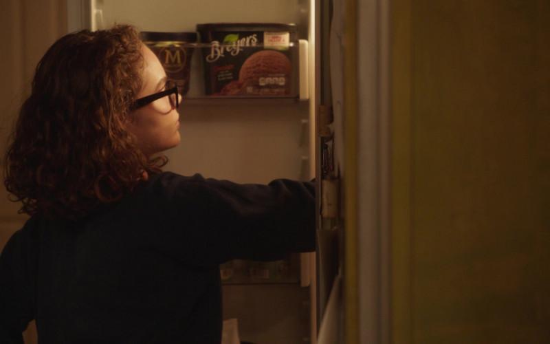 Breyers Chocolate Ice Cream in Better Things S04E07