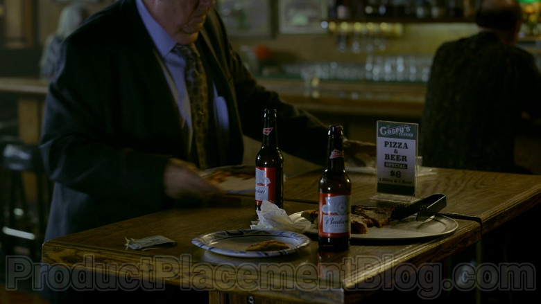 Budweiser Beer Bottles in Bosch S06E07