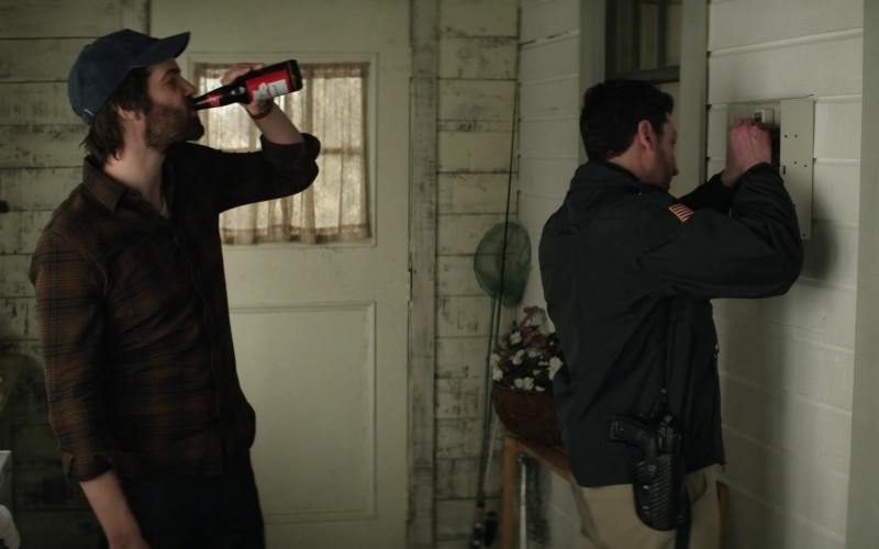 Budweiser Beer Enjoyed by Jim Sturgess as Matthew Lisko in Home Before Dark S01E05 (1)