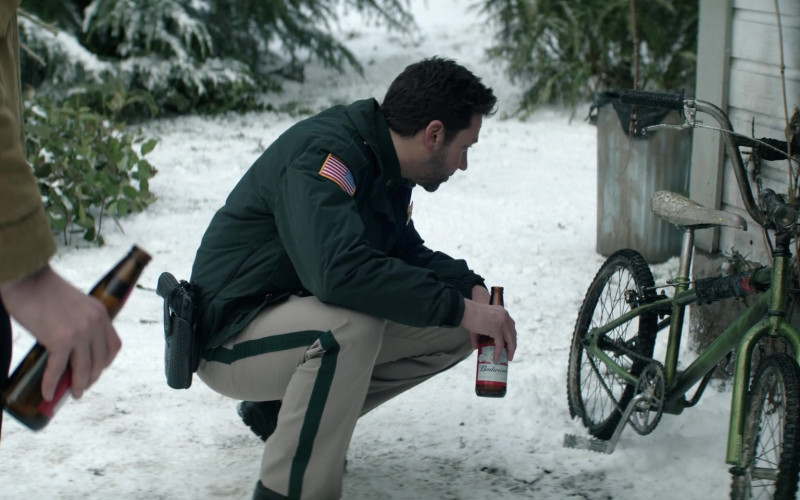 Budweiser Beer Enjoyed by Michael Weston as Frank Briggs Jr. in Home Before Dark S01E05
