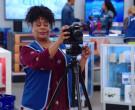 Canon Camera in Superstore S05E21 California Part 1 (2020)