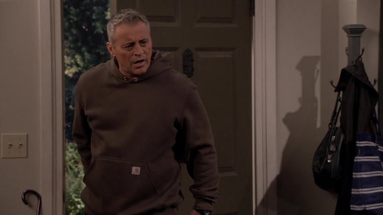 Carhartt Midweight Hooded Sweatshirt of Matt LeBlanc as Adam Burns in Man with a Plan S04E03 (1)
