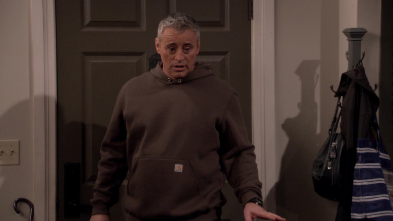 Carhartt Midweight Hooded Sweatshirt of Matt LeBlanc as Adam Burns in Man with a Plan S04E03 (3)