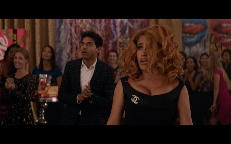 Chanel Brooch of Salma Hayek in Like a Boss (7)