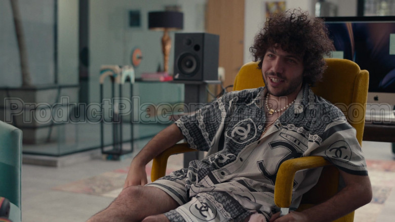 Chanel Outfit (Shirt and Shorts) For Men in Dave S01E08 (3)
