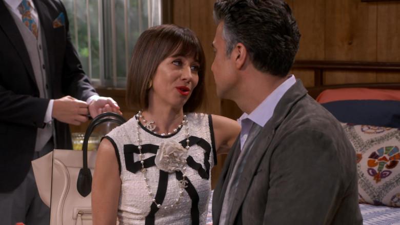 Chanel Pearl CC Necklace Worn by Natasha Leggero as Elizabeth in Broke S01E01 (1)