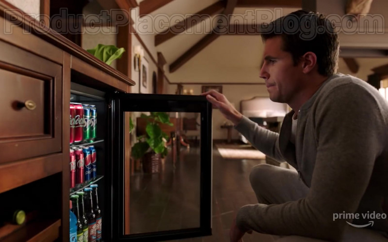 Coca-Cola, Sprite, Dr Pepper, Pepsi & Gatorade Drinks in Upload Season 1 (2020)