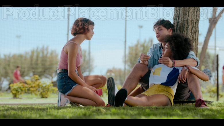 Converse Pink Shoes of Alice Ann Edogamhe as Blue in Summertime S01E01 I Hate Summer (2020)