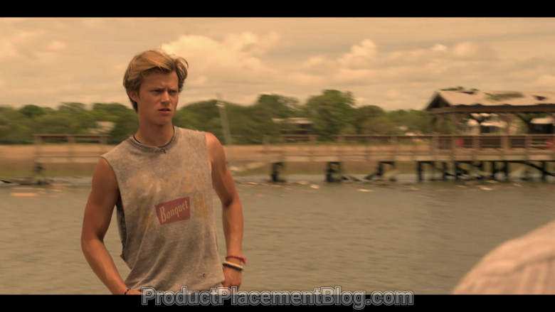 Coors Banquet Beer T-Shirt of Rudy Pankow as JJ in Outer Banks S01E01 Pilot (1)