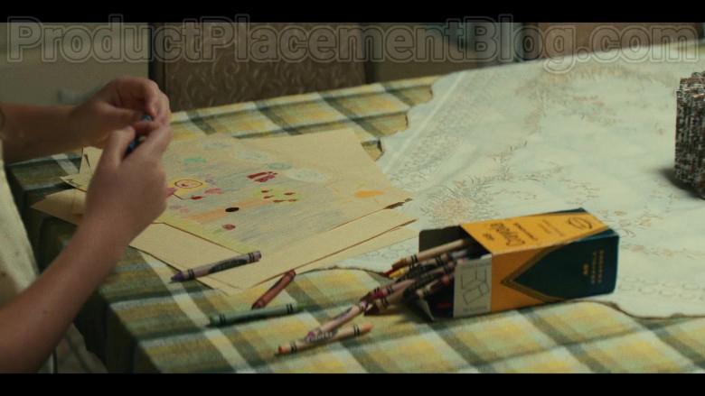 Crayola Crayons in Mrs. America S01E03 Shirley (2020)