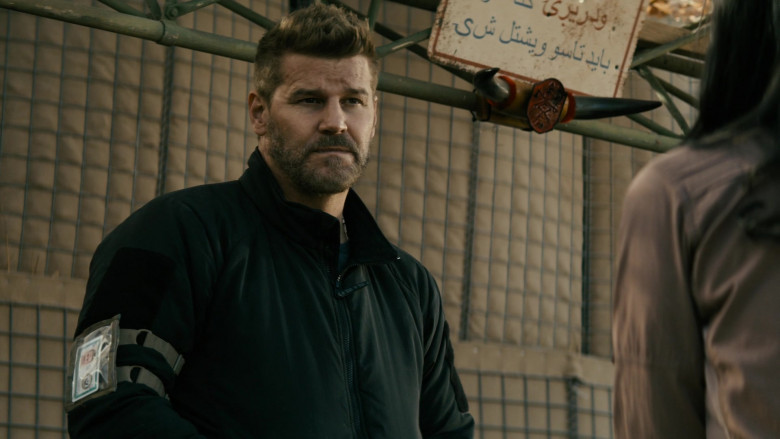 Crye Jacket of David Boreanaz in SEAL Team S03E17 (2)