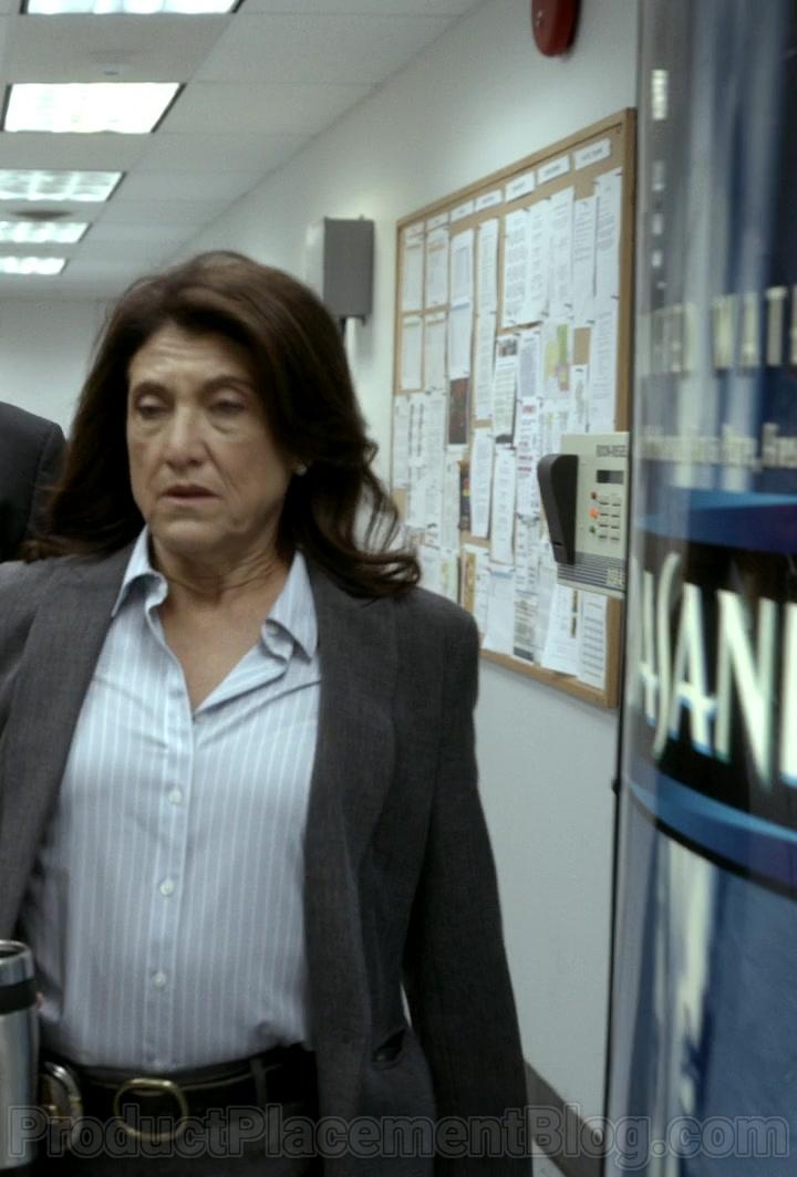 Dasani Water Vending Machine in Bosch S06E09 Dark Sacred Night (2020)