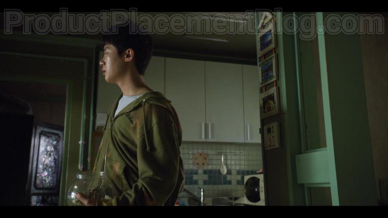 Dickies Men's Green Hoodie in Extracurricular S01E02 (2020)