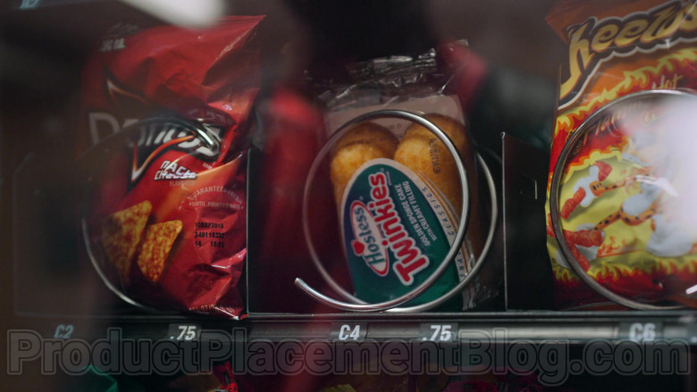Doritos Chips, Hostess Twinkies & Cheetos in Never Have I Ever S01E07